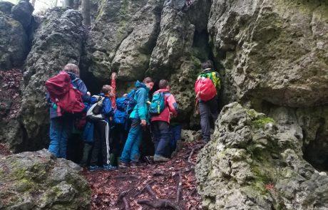 Auf Schnitzeljagd an fränkischem Fels (Foto: J. Pohl).